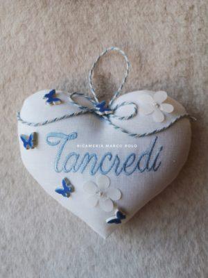 Cuore per culletta lino bianco e dettagli in azzurro