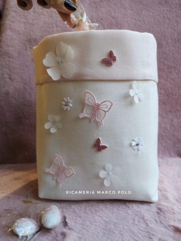 Portaconfetti panna con fiori e farfalla