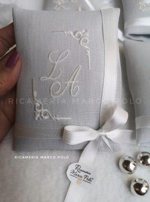 Modello vogue in lino grigio perla