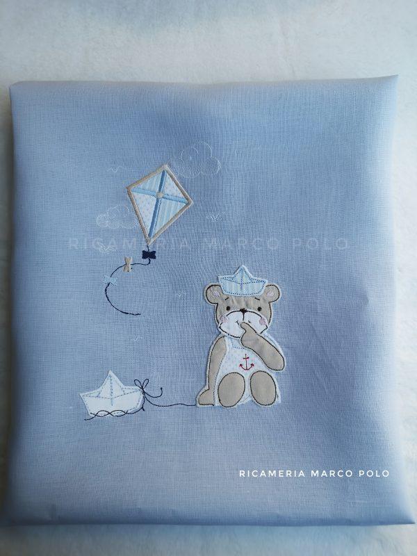 Copertina sacco piumone, orsetto con barca e aquilone, lino azzurro