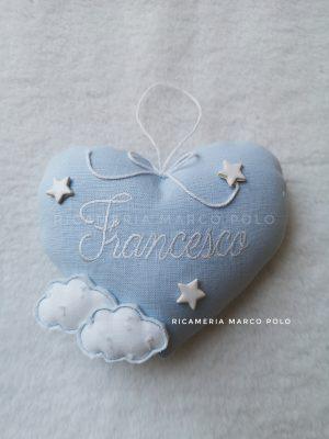 Cuore per culletta lino azzurro e nuvole